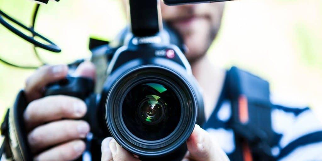beginner youtube tips bloggers meredith vidpromom